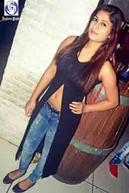 Greater Noida call girl photos